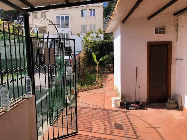 Appartamento 90 mq con ampio terrazzo e giardino